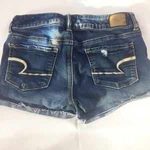(9-024) Sz 4 American Eagle Shorts